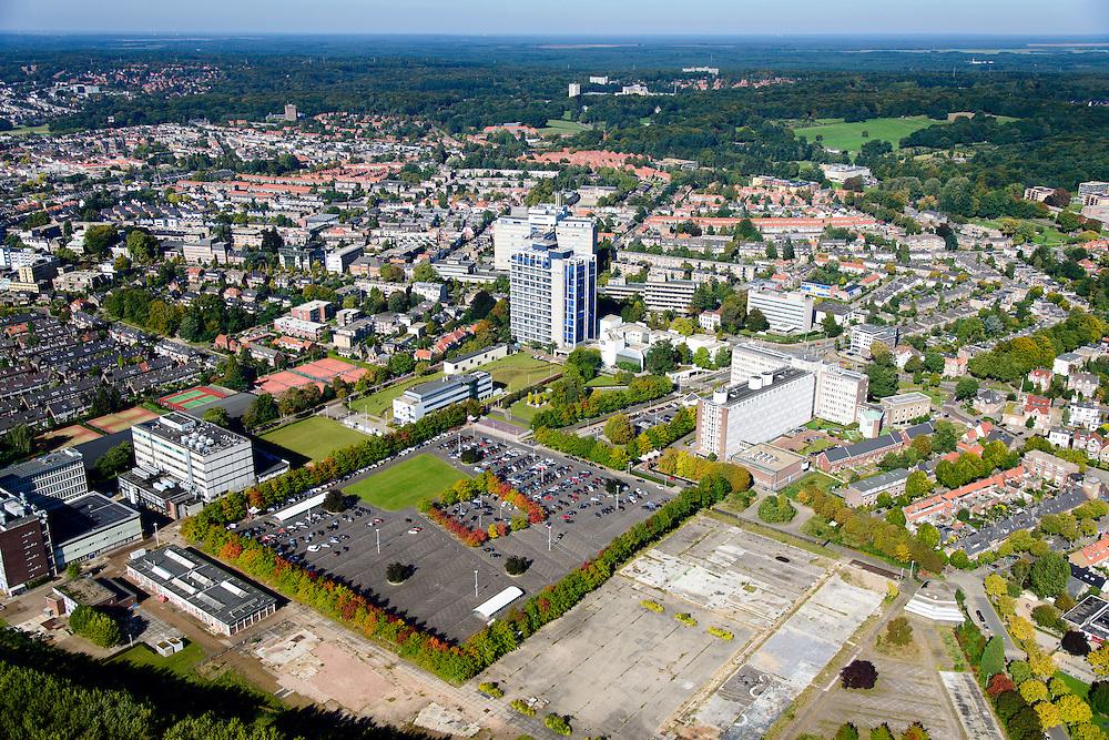 Nederland, Gelderland, Arnhem, 30-09-2015; Oost-Arnhem. Fabrieksterrein van de voormalige ENKA fabriek (Nederlandse Kunstzijdefabriek), onderdeel van AKZO NOBEL (hoofdkantoor in de achtergrond).<br /> Arnhem East with empty lot, former rayon factory (part of Akzo Nobel).<br /> luchtfoto (toeslag op standard tarieven);<br /> aerial photo (additional fee required);<br /> copyright foto/photo Siebe Swart
