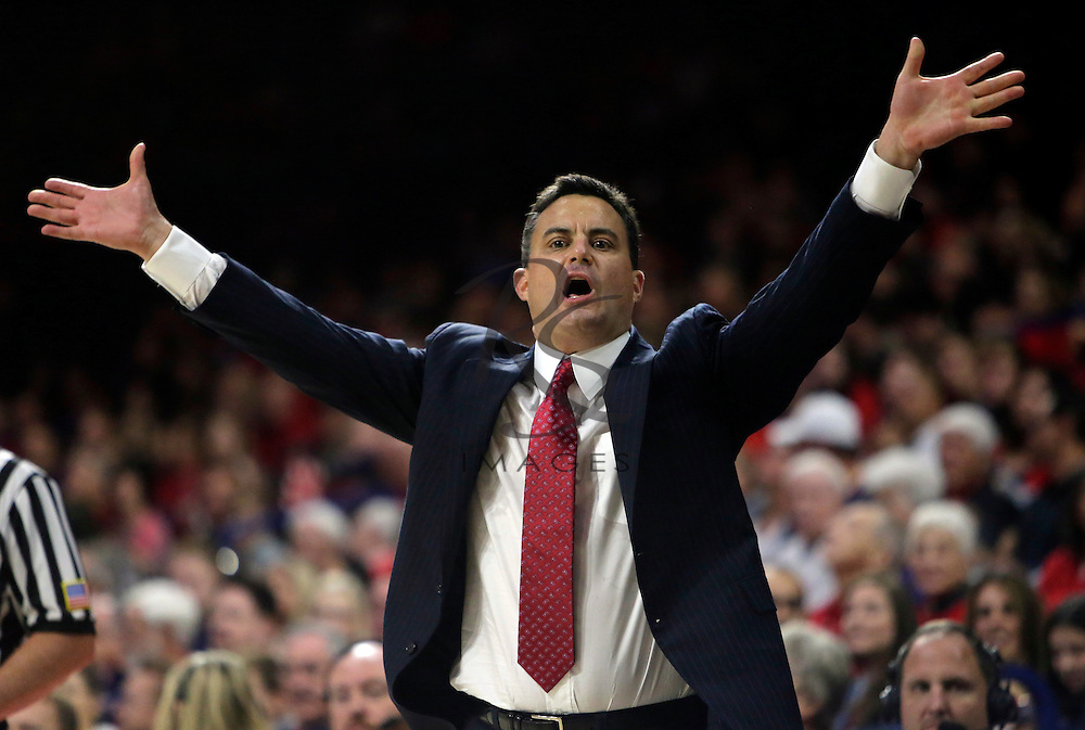 Arizona head coach Sean Miller during the first half of an NCAA college basketball game against Northern Colorado, Monday, Nov. 21, 2016, in Tucson, Ariz. (AP Photo/Rick Scuteri)