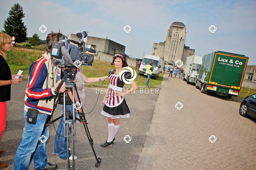 RADIO KOOTWIJK - Op de filmset van de nieuwe film Mega Mindy en de Snoepbaron.  Met op de foto Angela Schijf als dienstmeisje Zaila. FOTO LEVIN DEN BOER - PERSFOTO.NU