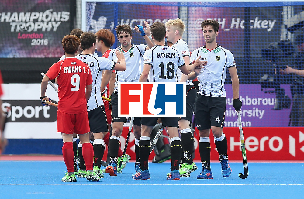 LONDON, ENGLAND - JUNE 16: Germany clebrate after Tom Grambusch scores their second goal during the FIH Mens Hero Hockey Champions Trophy match between Korea and Germany at Queen Elizabeth Olympic Park on June 16, 2016 in London, England.  (Photo by Alex Morton/Getty Images)