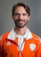 ARNHEM - Assistent ALEXANDER COX. Het Nederlands hockeyteam mannen, voor de Champions Trophy in Bhubaneswar (India). COPYRIGHT KOEN SUYK