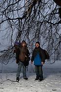 Mindestens 14 obdachlose Männer sind in diesem Winter in Deutschland schon erfroren, einer davon in Hamburg. Denn auch hier schlafen etliche bei Minusgraden draußen - wie die Hinz&Künztler Klaus und Klau