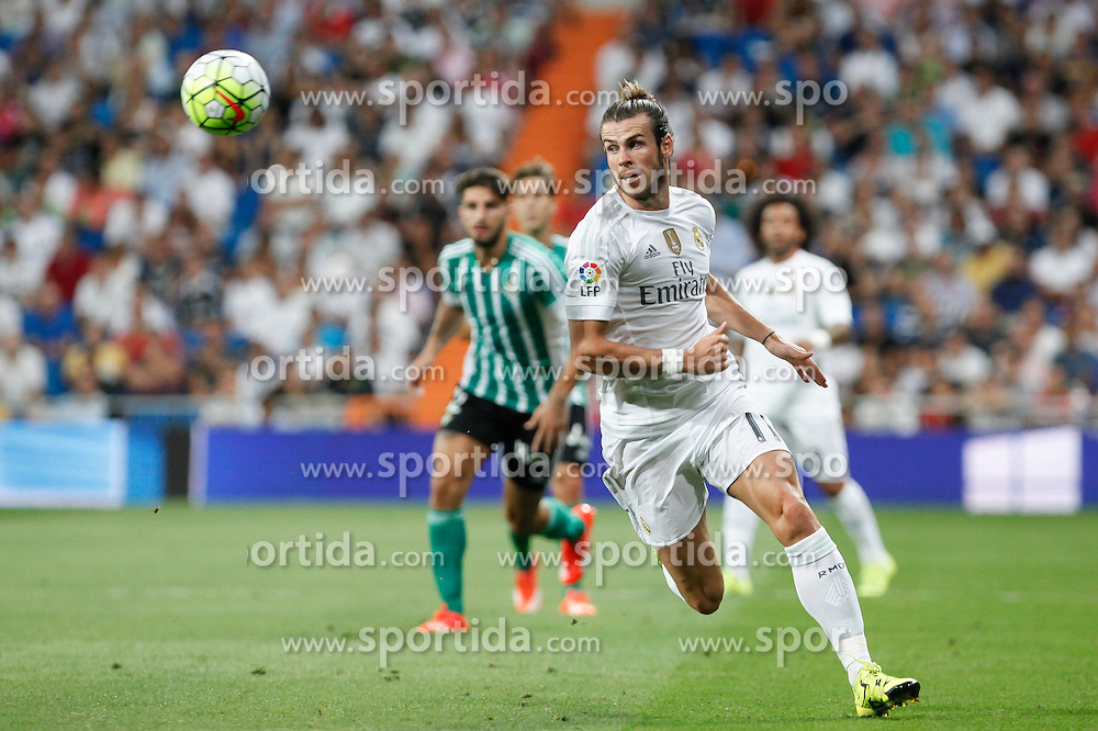 29.08.2015, Estadio Santiago Bernabeu, Madrid, ESP, Primera Division, Real Madrid vs Real Betis, 2. Runde, im Bild Real Madrid&acute;s Gareth Bale // during the Spanish Primera Division 2nd round match between Real Madrid and Real Betis at the Estadio Santiago Bernabeu in Madrid, Spain on 2015/08/29. EXPA Pictures &copy; 2015, PhotoCredit: EXPA/ Alterphotos/ Victor Blanco<br /> <br /> *****ATTENTION - OUT of ESP, SUI*****