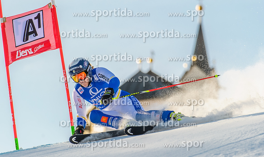 28.12.2015, Hochstein, Lienz, AUT, FIS Ski Weltcup, Lienz, Riesenslalom, Damen, 1. Durchgang, im Bild Kajsa Kling (SWE) // Kajsa Kling of Sweden during 1st run of ladies Giant Slalom of the Lienz FIS Ski Alpine World Cup at the Hochstein in Lienz, Austria on 2015/12/28. EXPA Pictures © 2015, PhotoCredit: EXPA/ Michael Gruber
