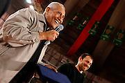 DESCRIZIONE : Varese Lega A 2009-10 Stelle per un sorriso Premiazione Manuel Raga<br /> GIOCATORE : Manuel Raga Manuel Raga JR <br /> SQUADRA : <br /> EVENTO : Campionato Lega A 2009-2010 <br /> GARA : Stelle per un sorriso Premiazione Manuel Raga<br /> DATA : 12/03/2010<br /> CATEGORIA : Ritratto Premiazione<br /> SPORT : Pallacanestro <br /> AUTORE : Agenzia Ciamillo-Castoria/G.Cottini<br /> Galleria : Lega Basket A 2009-2010 <br /> Fotonotizia : Varese Campionato Italiano Lega A 2009-2010 Stelle per un sorriso Premiazione Manuel Raga<br /> Predefinita :