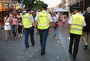 Nederland, Nijmegen, 18-7-2007Medewerkers van hulpdiensten houden toezicht tijdens de vierdaagse , vierdaagsefeesten. Foto: Flip Franssen/Hollandse Hoogte