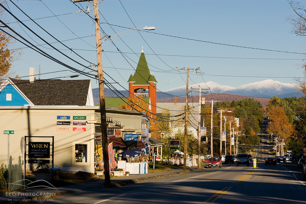 Main Street (US 302) in downtown Bethlehem, New Hampshire.