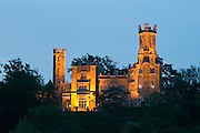 Elbe, Schloss Eckberg bei Daemmerung, Dresden, Sachsen, Deutschland. .Dresden, Germany, river Elbe, Castle Eckberg at dusk