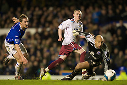 LIVERPOOL, ENGLAND - Saturday, March 22, 2008: Everton's goalkeeper Tim Howard and Philip Jagielka are beaten by West Ham United's Freddie Sears, whose effort rebounded back off the inside of the post, during the Premiership match at Goodison Park. (Photo by David Rawcliffe/Propaganda)
