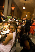 JANET JACKSON; NAOMI CAMPBELL, Luomo Vogue 40th Anniversary dinner. Palazzo Litta. Milan. 22 June 2008 *** Local Caption *** -DO NOT ARCHIVE-© Copyright Photograph by Dafydd Jones. 248 Clapham Rd. London SW9 0PZ. Tel 0207 820 0771. www.dafjones.com.