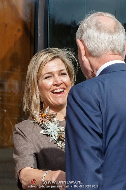 """NLD/Amsterdam/20160330 - Koningin Maxima aanwezig bij het symposium """"Muziekeducatie doen we Samen"""", Koning Maxima neemt afscheid van Johan Remkes"""
