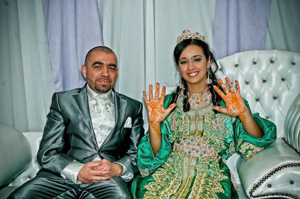 Moroccan wedding in Paris outskirts.