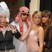 NLD/Amsterdam/20061012 - Borat bezoekt Nederland promotie film Cultural Learnings Of America For Make Benefit Glorious Nation Of Kazakhstan, dames van lichte zeden