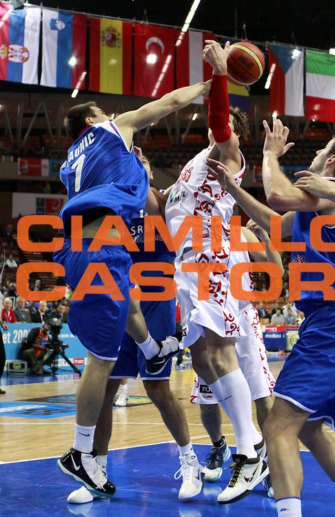 DESCRIZIONE : Katowice Poland Polonia Eurobasket Men 2009 Quarter Final Russia Serbia<br /> GIOCATORE : Ivan Paunic<br /> SQUADRA : Serbia<br /> EVENTO : Eurobasket Men 2009<br /> GARA : Russia Serbia<br /> DATA : 17/09/2009 <br /> CATEGORIA :<br /> SPORT : Pallacanestro <br /> AUTORE : Agenzia Ciamillo-Castoria/H.Bellenger<br /> Galleria : Eurobasket Men 2009 <br /> Fotonotizia : Katowice  Poland Polonia Eurobasket Men 2009 Quarter Final Russia Serbia<br /> Predefinita :