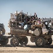 War against ISIS: Fleeing through the desert