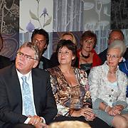 NLD/Mijdrecht/20070901 - Modeshow Jaap Rijnbende najaar 2007, Rita Verdonk en partner Peter Willems