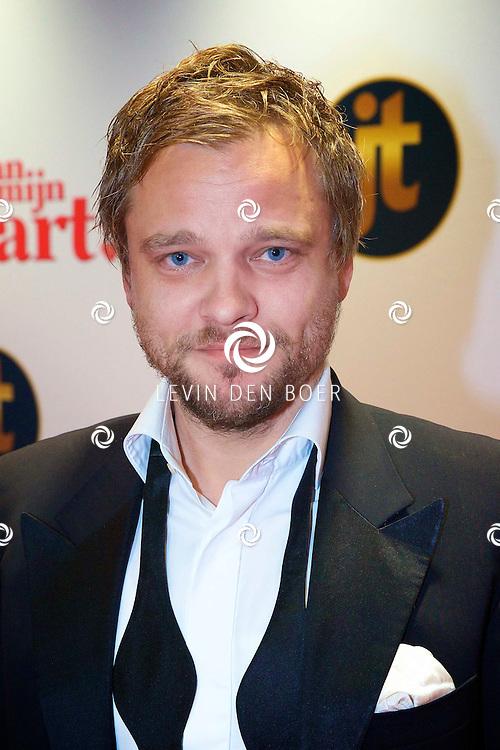 HILVERSUM - In de nieuwe JT Bioscoop is de eerste film 'Pak van mijn Hart' in premiere gegaan. Met hier op de foto  Sander Foppele. FOTO LEVIN DEN BOER - PERSFOTO.NU