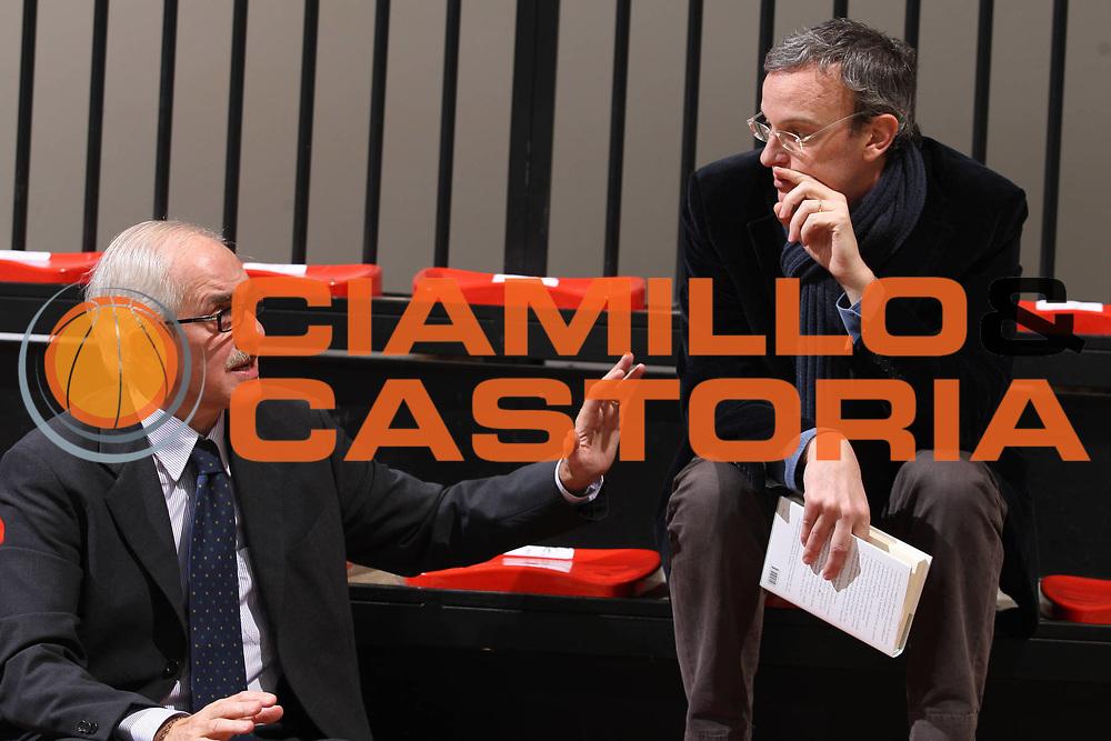 DESCRIZIONE : Siena Lega A 2009-10 Montepaschi Siena Lottomatica Virtus Roma<br />GIOCATORE : Gino Natali Piergiorgio Bottai<br />SQUADRA : Montepaschi Siena<br />EVENTO : Campionato Lega A 2009-2010<br />GARA : Montepaschi Siena Lottomatica Virtus Roma<br />DATA : 22/11/2009<br />CATEGORIA : Ritratto<br />SPORT : Pallacanestro<br />AUTORE : Agenzia Ciamillo-Castoria/G.Ciamillo<br />Galleria : Lega Basket A 2009-2010<br />Fotonotizia : Siena Campionato Italiano Lega A 2009-2010 Montepaschi Siena Lottomatica Virtus Roma<br />Predefinita :