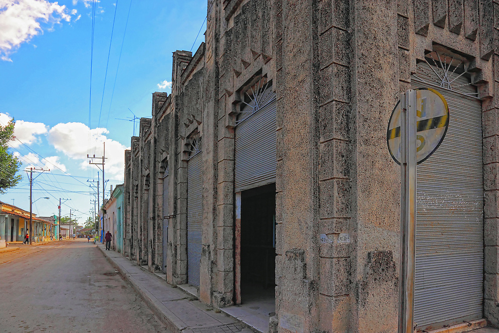 Building in Guines, Mayabeque, Cuba.