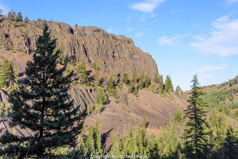 A large lava headwall at the end of a ridge line in the Wenatchee National Forest.