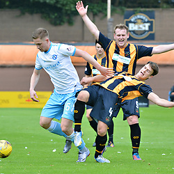 Collison - Forfar's Robert Wilson collides with Berwick's Steven Notman while his team mate Allan Walker claims for a foul.....(c) BILLY WHITE | SportPix.org.uk
