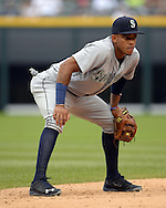 CHICAGO - AUGUST 28:  Ketel Marte #4 of the Seattle Mariners fields against the Chicago White Sox on August  28, 2016 at U.S. Cellular Field in Chicago, Illinois.  The White Sox defeated the Mariners 4-1.  (Photo by Ron Vesely/MLB Photos via Getty Images)  *** Local Caption *** Ketel Marte