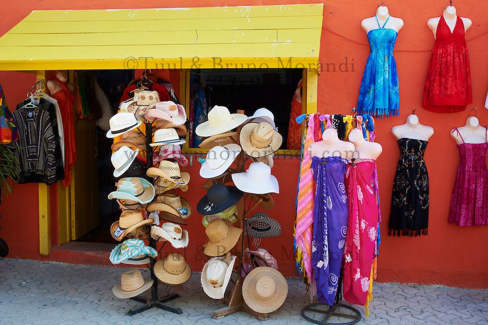 Mexique, Etat de Quintana Roo, Riviera Maya, ile de Isla Mujeres, artisanat // Mexico, Quintana Roo state, riviera maya, Isla Mujeres island, craft