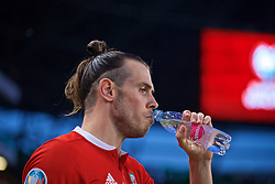 BUDAPEST, HUNGARY - Tuesday, June 11, 2019: Wales' Gareth Bale drinks water before the UEFA Euro 2020 Qualifying Group E match between Hungary and Wales at the Ferencváros Stadion. (Pic by David Rawcliffe/Propaganda)