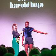 NLD/Amsterdam/20170914 - Lancering &C Me talent stage, Chantal Janzen in geprek met danser Harold Luya