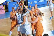 DESCRIZIONE : Cagliari Qualificazioni Europei 2011 Italia Olanda<br /> GIOCATORE : Sabrina Cinili<br /> SQUADRA : Nazionale Italia Donne<br /> EVENTO : Qualificazioni Europei 2011<br /> GARA : Italia Olanda<br /> DATA : 29/08/2010 <br /> CATEGORIA : Rimbalzo<br /> SPORT : Pallacanestro <br /> AUTORE : Agenzia Ciamillo-Castoria/GiulioCiamillo<br /> Galleria : Fip Nazionali 2010 <br /> Fotonotizia : Cagliari Qualificazioni Europei 2011 Italia Olanda<br /> Predefinita :