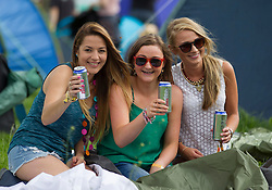 Repro Free: 30/10/2013 Noelle Dunne, Sophie Ford-Hutchinson and Julie Sting as they set up camp on the opening day of Electric Picnic 2013. Picture Andres Poveda