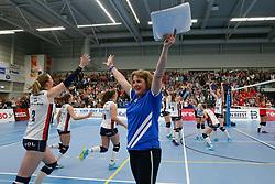20190424 NED: Sliedrecht Sport - VC Sneek: Sliedrecht<br /> Sliedrecht Sport Nederlands Kampioen Volleybal Seizoen 2018 - 2019, Vera Koenen, headcoach of Sliedrecht Sport <br /> ©2019-FotoHoogendoorn.nl / Pim Waslander