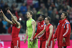 01.11.2014, Allianz Arena, Muenchen, GER, 1. FBL, FC Bayern Muenchen vs Borussia Dortmund, 10. Runde, im Bild l-r: Arjen Robben #10 (FC Bayern Muenchen), Manuel Neuer #1 (FC Bayern Muenchen), David Alaba #27 (FC Bayern Muenchen), Philipp Lahm #21 (FC Bayern Muenchen) und Thomas Mueller #25 (FC Bayern Muenchen) // during the German Bundesliga 10th round match between FC Bayern Munich and Borussia Dortmund at the Allianz Arena in Muenchen, Germany on 2014/11/01. EXPA Pictures © 2014, PhotoCredit: EXPA/ Eibner-Pressefoto/ Kolbert<br /> <br /> *****ATTENTION - OUT of GER*****