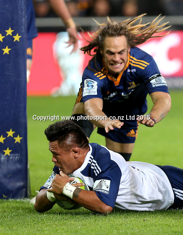 Blues Keven Mealamu dives over to score  during the Super 15 rugby match between the Highlanders and the Blues at Forsyth Barr Stadium, Dunedin, Saturday, April 18, 2015. Photo: Dianne Manson / www.photosport.co.nz