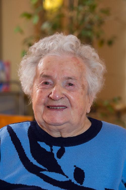 Germany - Deutschland - KURSANA - 100 Jährige; HIER: Else Schumann, 103, Kursana Domizil Berlin-Marzahn, 07.03.2017; © Christian Jungeblodt