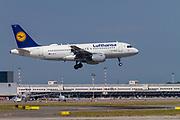 Lufthansa, Airbus A319-114 takeoff at Malpensa (MXP / LIMC), Milan, Italy