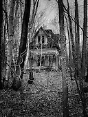 2016 Abandoned House White Mountains