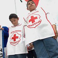 Ecatepec, Mex.- Niños voluntarios del comite de juventud, durante la ceremonia donde tomo protesta a Juan Antonio Ledezma Garfias como Presidente del Consejo de la Institucion en Ecatepec. Agencia MVT / Diego Flores. (DIGITAL)<br /> <br /> <br /> <br /> <br /> <br /> <br /> <br /> NO ARCHIVAR - NO ARCHIVE
