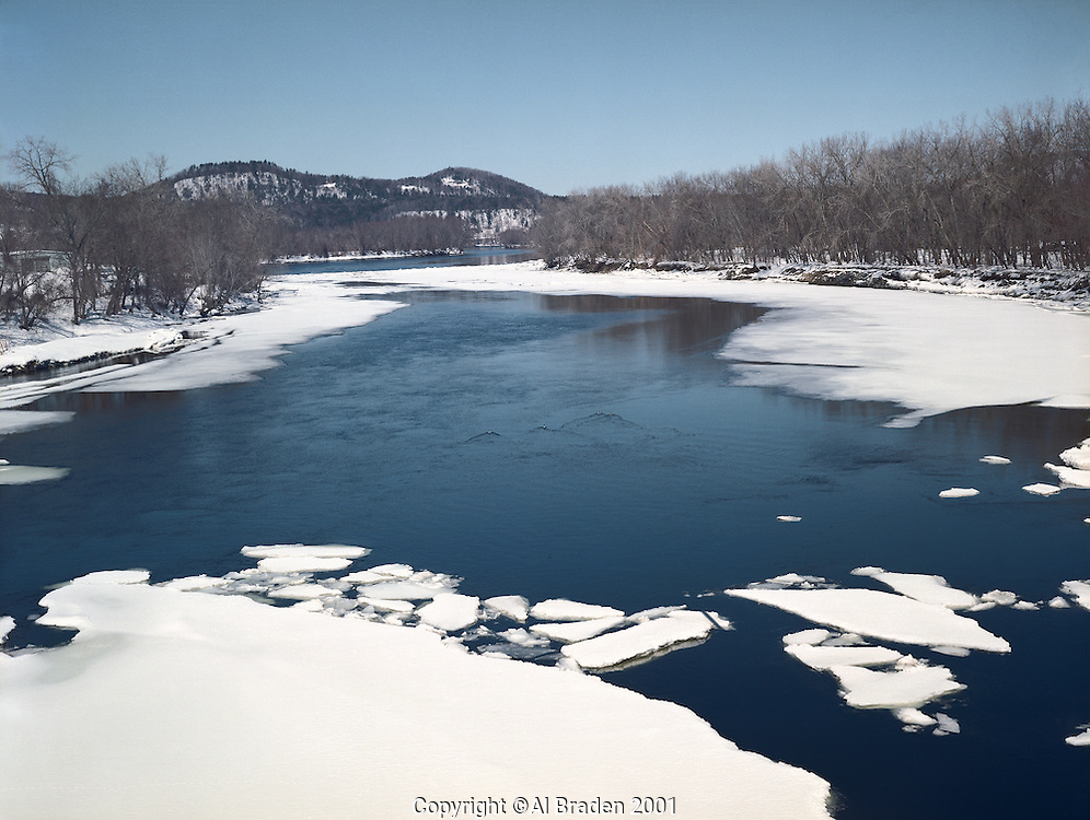 North from Rt. 123 Bridge during spring ice breakup at Westminister, VT