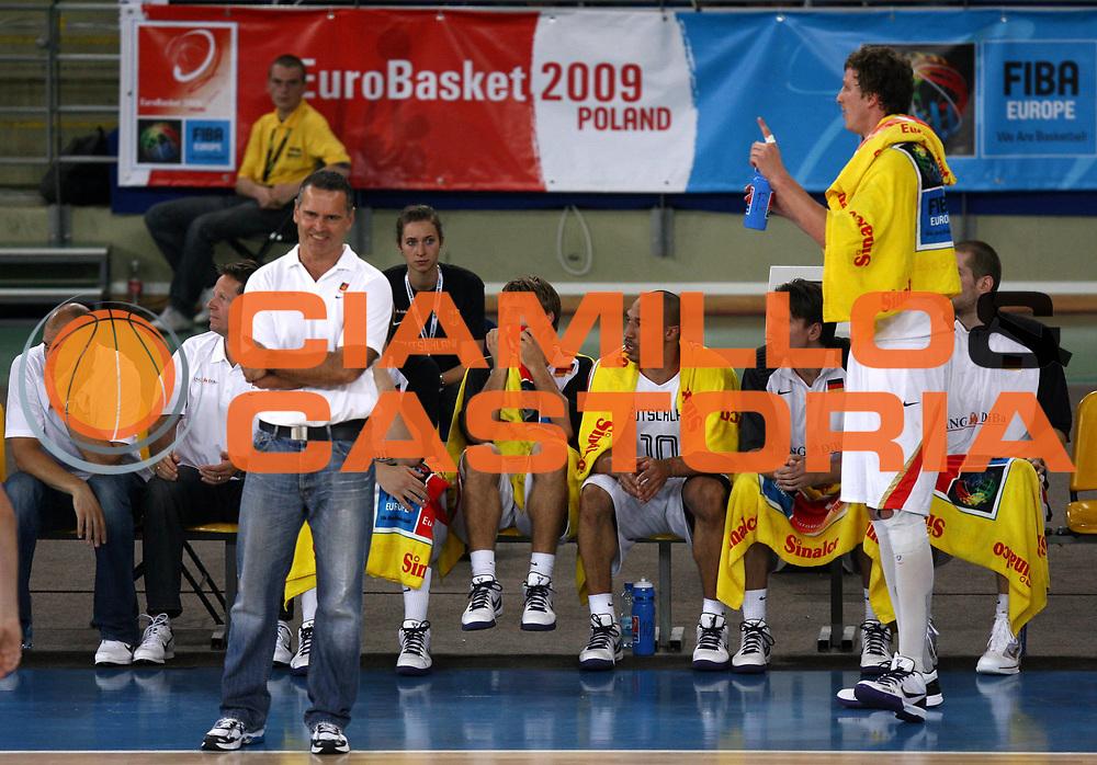 DESCRIZIONE : Bydgoszcz Poland Polonia Eurobasket Men 2009 Qualifying Round Germania Grecia Germany Greece<br /> GIOCATORE : Team Germania Germany<br /> SQUADRA : Germania Germany<br /> EVENTO : Eurobasket Men 2009<br /> GARA : Germania Grecia Germany Greece<br /> DATA : 11/09/2009 <br /> CATEGORIA :<br /> SPORT : Pallacanestro <br /> AUTORE : Agenzia Ciamillo-Castoria/A.Vlachos<br /> Galleria : Eurobasket Men 2009 <br /> Fotonotizia : Bydgoszcz Poland Polonia Eurobasket Men 2009 Qualifying Round Germania Grecia Germany Greece<br /> Predefinita :