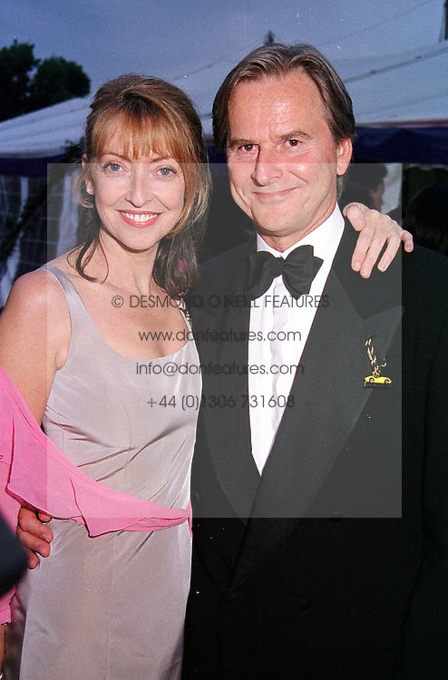 Actress SHARON MAUGHAN and her husband actor <br /> TREVOR EVE at a party in London on 3rd June 2000.<br /> OEZ 276<br /> © Desmond O'Neill Features:- 020 8971 9600<br />    10 Victoria Mews, London.  SW18 3PY <br /> www.donfeatures.com   photos@donfeatures.com<br /> MINIMUM REPRODUCTION FEE AS AGREED.<br /> PHOTOGRAPH BY DOMINIC O'NEILL
