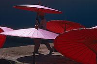 Thailande, Province de Chiang Mai, Bo Sang, village des ombrelles. // Thailand, Chiang Mai province, Bo Sang, the ombrella village