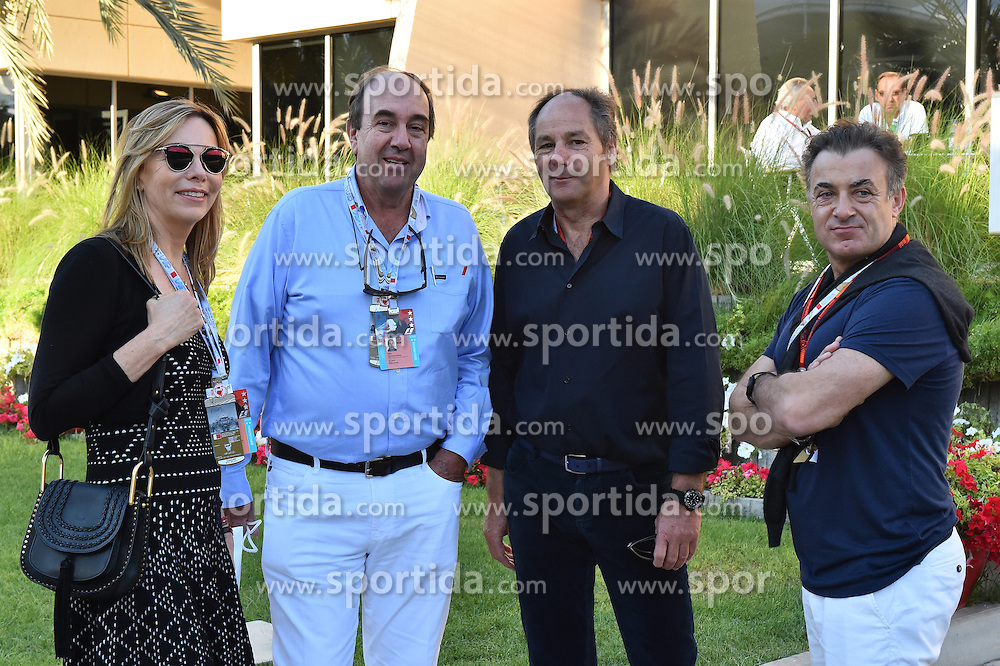 03.04.2016, International Circuit, Sakhir, BHR, FIA, Formel 1, Grand Prix von Bahrain, Rennen, im Bild Veronique Parrado (URU) and Nando Parrado (URU) with Gerhard Berger (AUT) and Jeab Alesi (FRA) // during Race for the FIA Formula One Grand Prix of Bahrain at the International Circuit in Sakhir, Bahrain on 2016/04/03. EXPA Pictures &copy; 2016, PhotoCredit: EXPA/ Sutton Images<br /> <br /> *****ATTENTION - for AUT, SLO, CRO, SRB, BIH, MAZ only*****