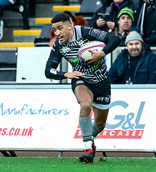 Keelan Giles of Ospreys<br /> <br /> Photographer Simon King/Replay Images<br /> <br /> European Rugby Challenge Cup Round 5 - Ospreys v Worcester Warriors - Saturday 12th January 2019 - Liberty Stadium - Swansea<br /> <br /> World Copyright © Replay Images . All rights reserved. info@replayimages.co.uk - http://replayimages.co.uk