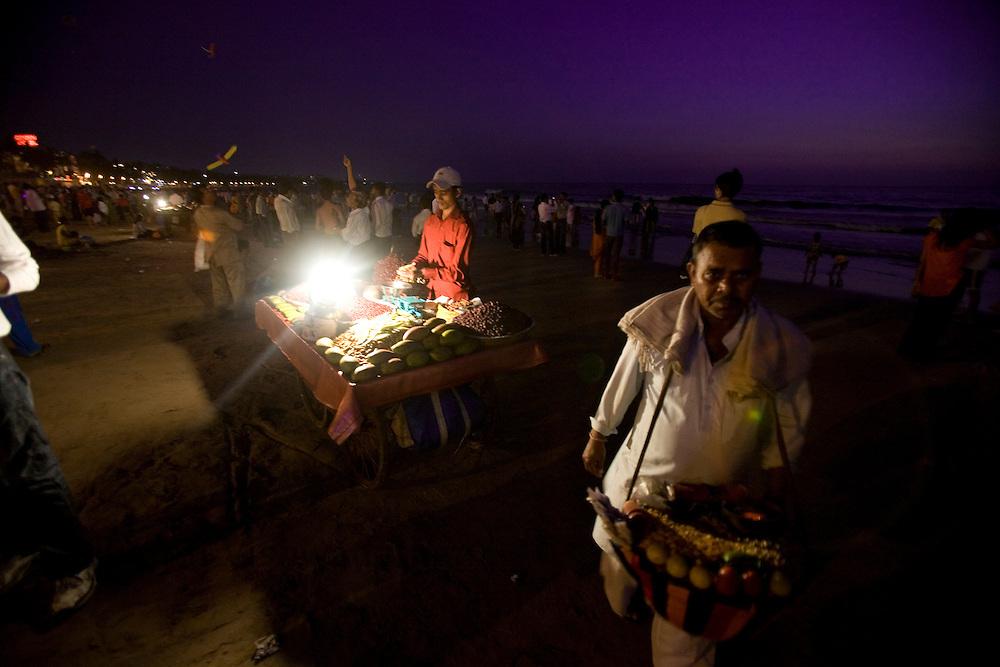 A night scene at the Juhu beach area of Mumbai, India, March 29, 2008. Prashanth Vishwanathan\ATLAS PRESS