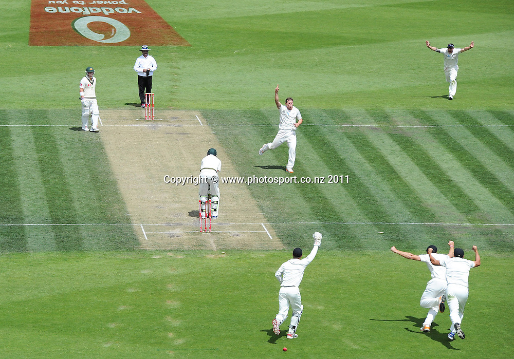 Doug Bracewell celebrates the dismissal of Nathan Lyon and a famous test match victory over Australia on Day 4 of the second cricket test between Australia and New Zealand Black Caps at Bellerive Oval in Hobart, Monday 12 December 2011. Photo: Andrew Cornaga/Photosport.co.nz