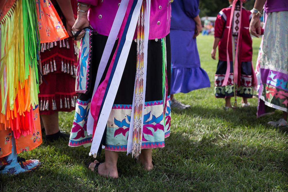 Photograph of Native American women at the Great Dakota Gathering, Winona, MN.