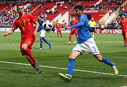 May 17, 2018 - United Kingdom - L-R Siebe Vandermeulen of Belgium Under 17 and Giorgio Brogni of Italy Under 17 .during the UEFA Under-17 Championship Semi-Final match between Italy U17s against Belgium U17s at New York Stadium, Rotherham United FC, England on 17 May 2018. (Credit Image: © Kieran Galvin/NurPhoto via ZUMA Press)