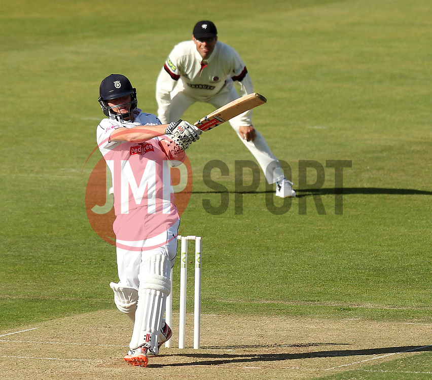Hampshire's Jackson Bird bats - Photo mandatory by-line: Robbie Stephenson/JMP - Mobile: 07966 386802 - 22/06/2015 - SPORT - Cricket - Southampton - The Ageas Bowl - Hampshire v Somerset - County Championship Division One