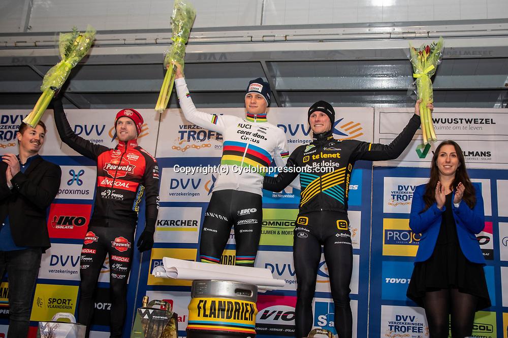 2019-12-27 Cycling: dvv verzekeringen trofee: Loenhout: Mathieu van der Poel wins the Azencross, Eli Iserbyt finished second and Corne van Kessel third